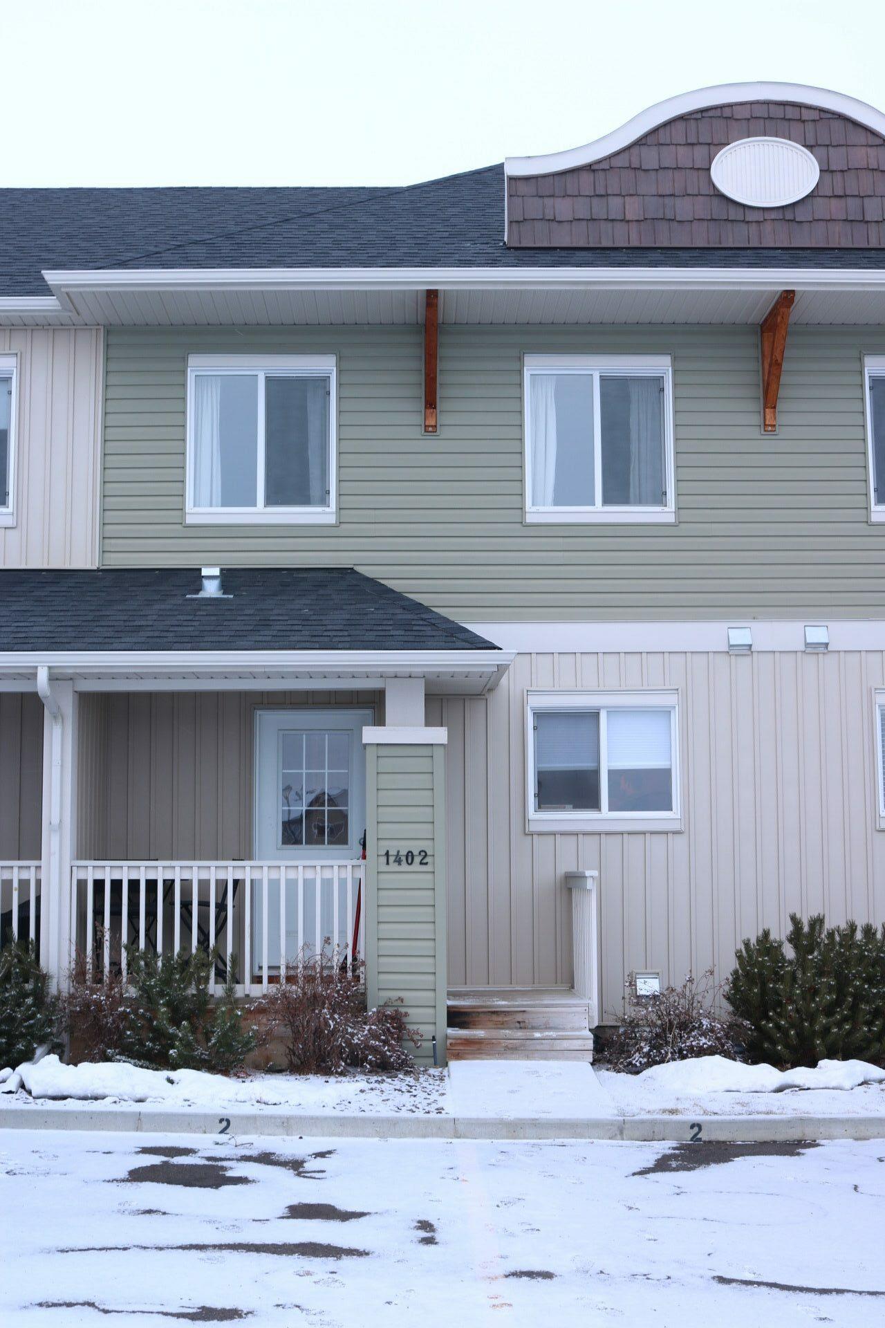 1402 Clover Link Carstairs  MLS#A1064452